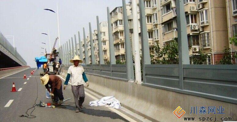 公路声屏障施工