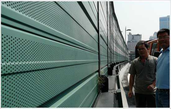 桥梁隔音墙-2